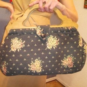 VTG 70s Wooden Handle Floral Print Tapestry Purse